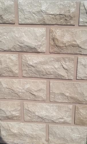 plyki z naturalnego marmuru na kominek plytki kominkowe z marmuru